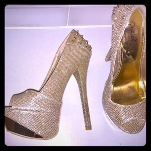 Womens Gold Glitter Platform Peep toe Shoes